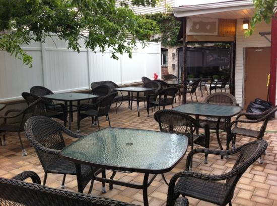 Baggio 39 s restaurant pizzeria fort lee omd men om for Lee signature homes