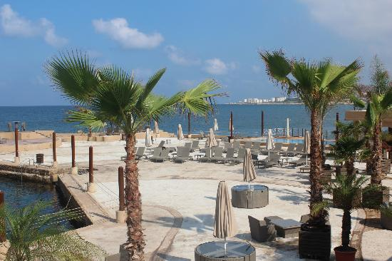 Byblos Sur Mer: Pool Area