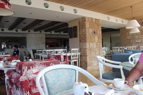 Byblos Sur Mer: breakfast area