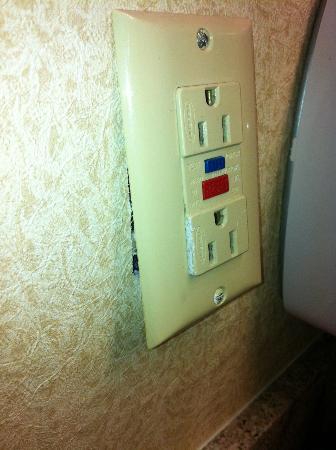 Best Western Celebration Inn & Suites: Safety first!