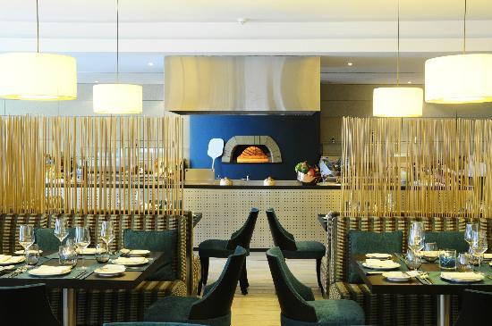 Vitruvio Restaurant: Pizza oven