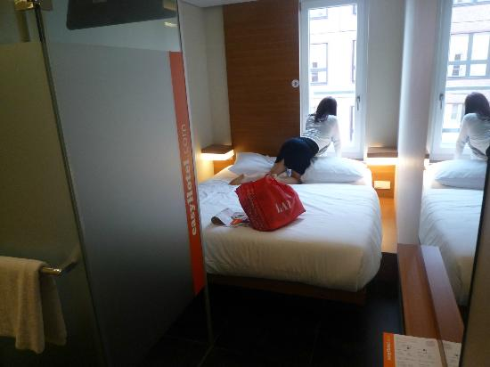 Easyhotel Berlin Hackescher Markt Double Room