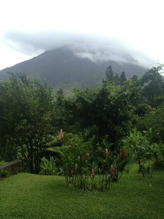 Arenal Observatory Lodge & Spa: NO ZOOM - you are so close here!