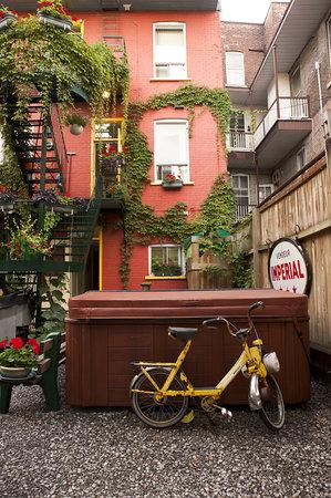 Photo of Gite du Parc Lafontaine Guest House Montreal