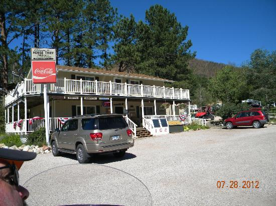 Horse Thief Campground and RV Resort: check in