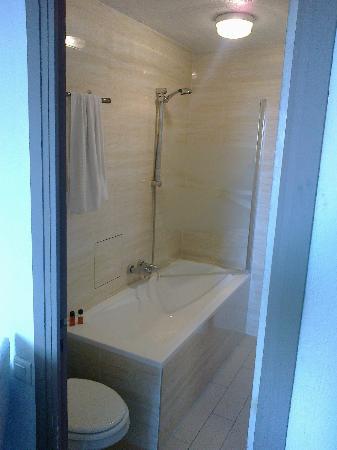 Amiraute: il bagno, abbastanza pulito