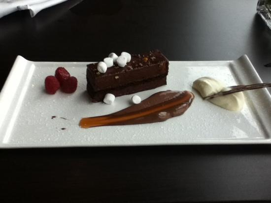 The Brasserie @ Mercure hotel Piccadilly Manchester: rocky road dessert