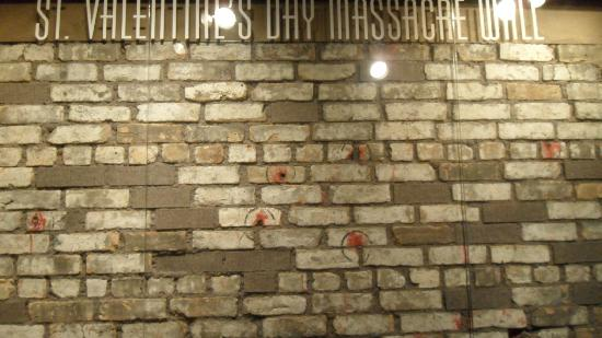 St Valentine S Day Massacre Wall With Blood And Bullets 拉斯维加