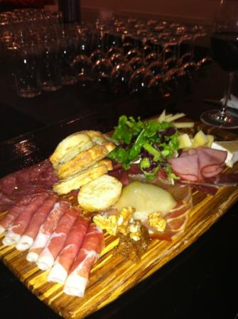 The Greedy Pig - Gastown : charcuterie plate
