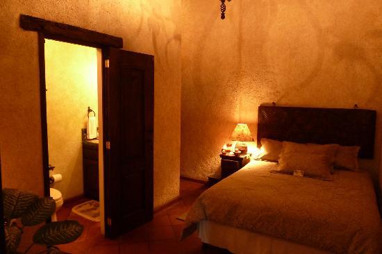 D'Leyenda Hotel: El Cadejo