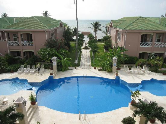 Grand Colony Island Villas: Nice ocean and pool views