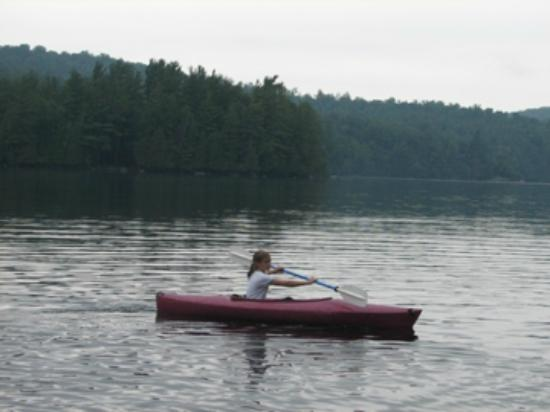 Kiwassa Lake Bed & Breakfast: Kayaking on Kiwassa Lake