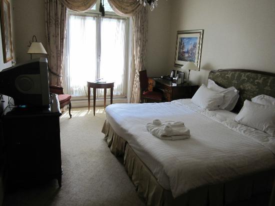 terrible picture of millennium hotel paris opera paris tripadvisor. Black Bedroom Furniture Sets. Home Design Ideas