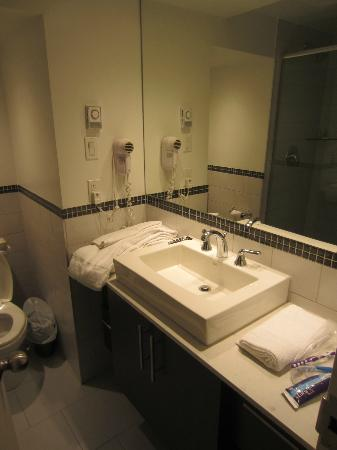 Hotel Terrasse Royale : Updated Bathrooms