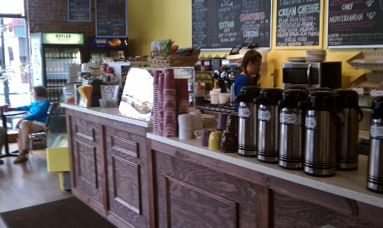 Coffee Planet: Service Counter