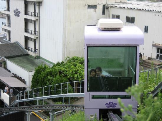 Kira Kanko Hotel : 露天風呂「トロッコ」で行く