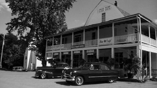 The Star Cafe: old cars