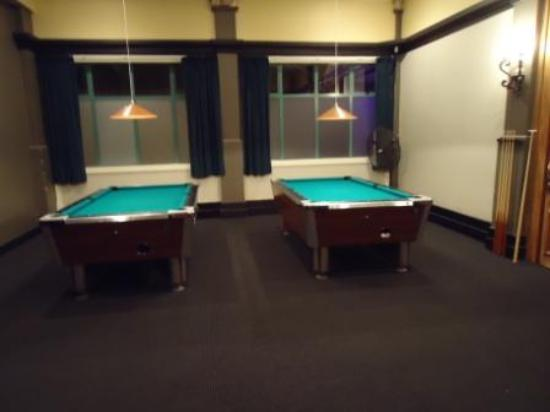 Stellar Restaurant & Bar: Pool table area now available at Stellar