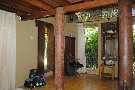 Three Brothers Bungalows: 1st floor (deluxe fan room)