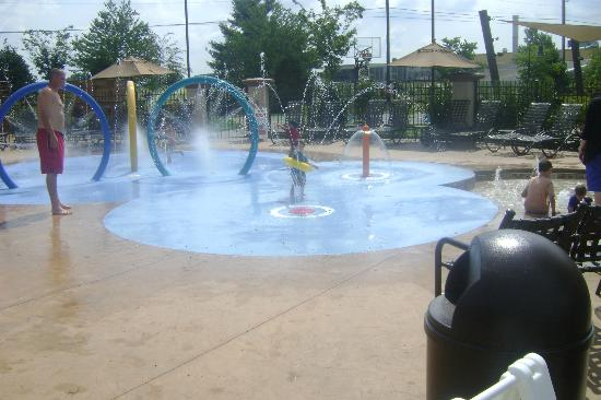 Eden Resort & Suites, BW Premier Collection: Spray ground for kids