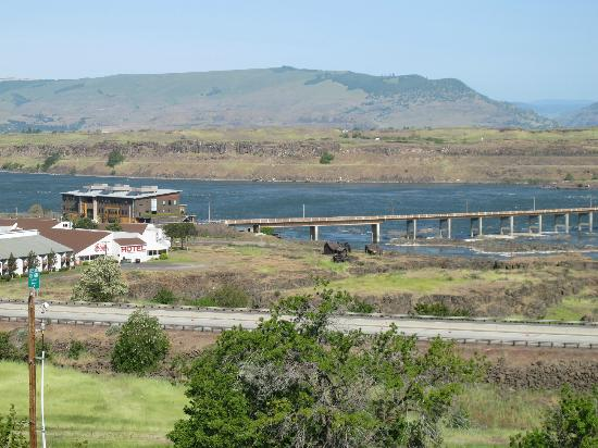 Celilo Inn: Columbia River, The Dalles