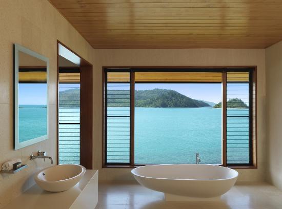 Qualia Resort: Bathtub, qualia