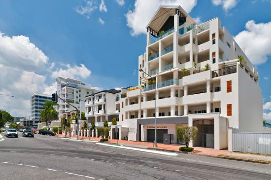 Cairns City Apartments: Clarendon, Beaumont and Regency on Spence