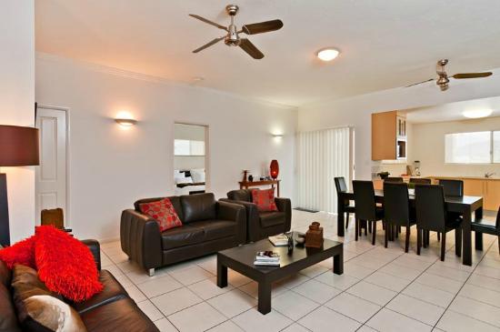 Cairns City Apartments: Lounge