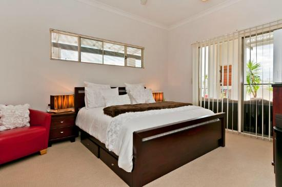 Cairns City Apartments: Bedroom