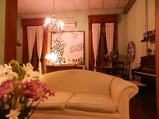 Livian Guesthouse: Living room