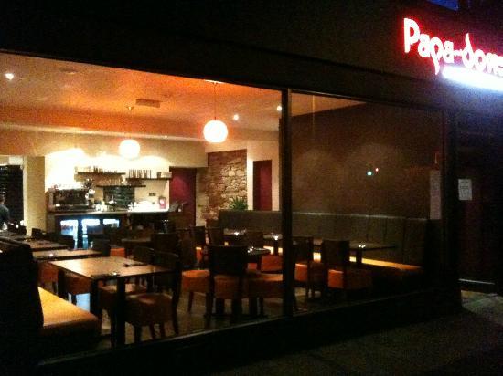 Papa Doms Cafe Restaurant: Exterior