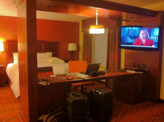 Hampton Inn & Suites Fargo : Business Center seperates bedroom from living area