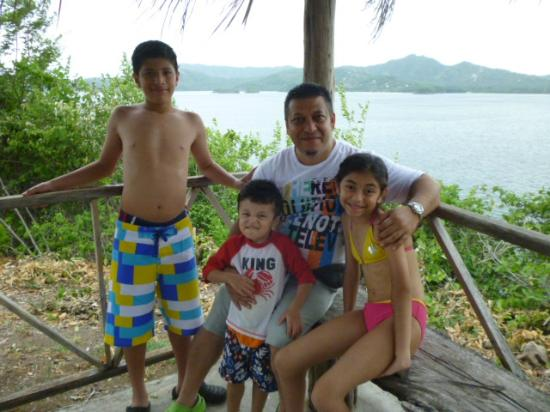 El Sabanero Beach Hotel: my children and I
