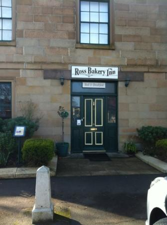 Ross Bakery Inn: entrance to the Inn