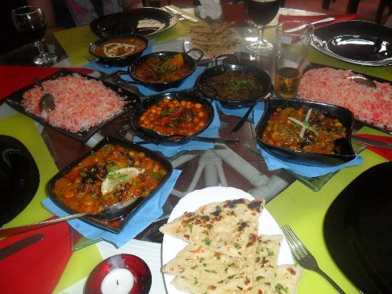 Kashmir Indian Restaurant: Chicken Madras, Vegetable Korma, Lamb Karala,Saag Aloo,Pilau Rice, Barlic Nan Bread.