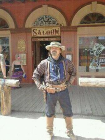 Tombstone Gunfighters: if you talent old west studio's is place to be
