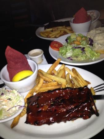 Barley Brothers Brewery: shared rackif ribs and house salad!