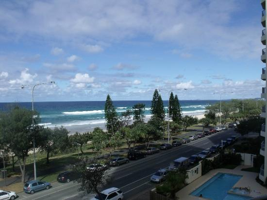 Hi Surf Beachfront Resort Apartments: View from Lounge