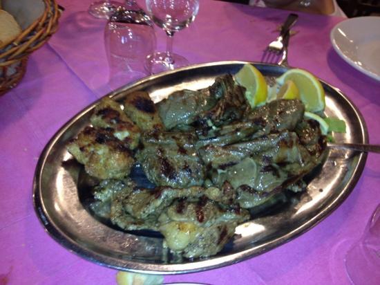Ardigna: grigliata di carne