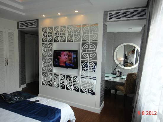 Church Boutique Hotel Hang Gai: Upgraded room