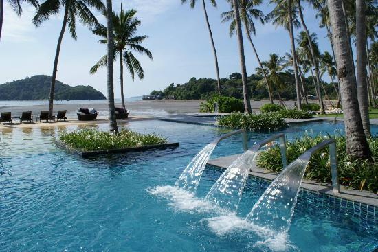 Crowne Plaza Phuket Panwa Beach Hotel