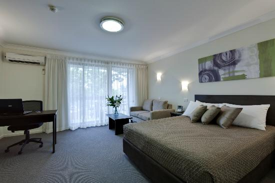 ‪BEST WESTERN Tall Trees Canberra‬