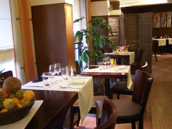Kyriad Nevers Centre : Restaurant