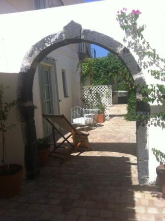 La Salina Hotel Borgo di Mare: angolo del borgo