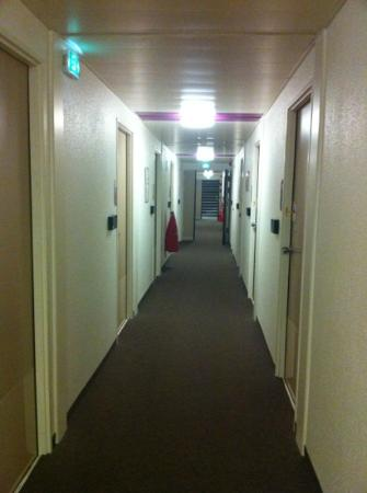 hotelF1 Annemasse: couloir