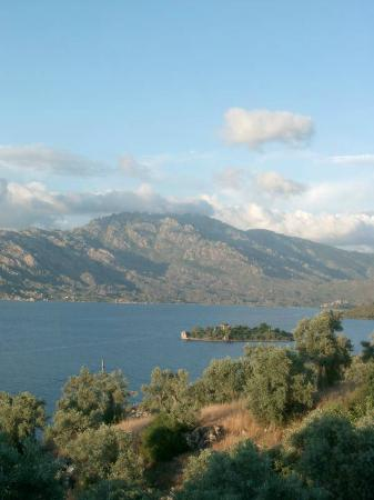 Milas, Turki: View at Lake Bafa
