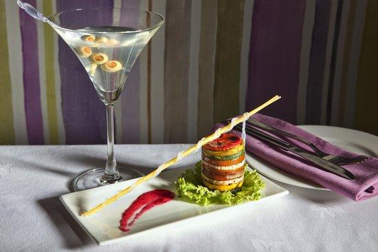 Jammie's Kitchen: Grilled Med Vegetable Tower Salad