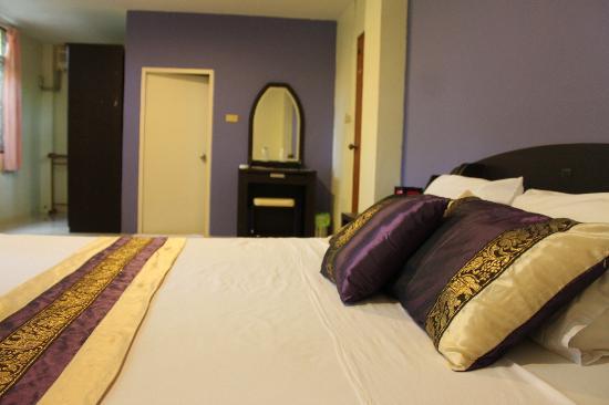 Similan Hotel : superior room