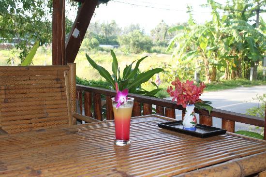 Similan Hotel: terrasse