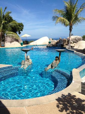 Jamahkiri Resort & Spa: the pool...